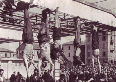 Mussolini_e_Petacci_a_Piazzale_Loreto,_1945.jpg